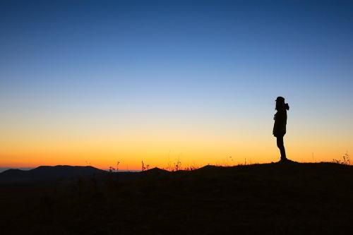 暗く無口な性格を直したい!大人しい女が明るくなれた人間関係改善法