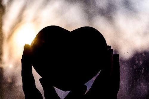 大人しい女性は恋愛対象になりますか?実践して彼氏ができた恋愛術イメージ画像1
