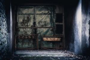 闇の世界のイメージ画像