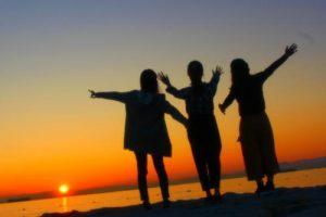 誰とでも仲良くなれるくらい話し上手で明るい性格になれる方法イメージ画像5